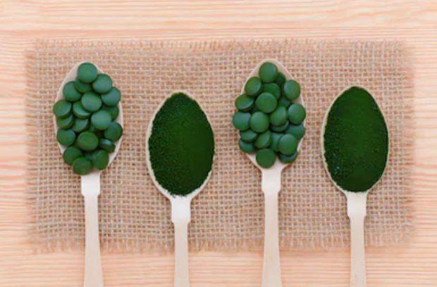 Chlorella on spoons