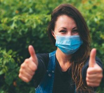 girl-wearing-mask