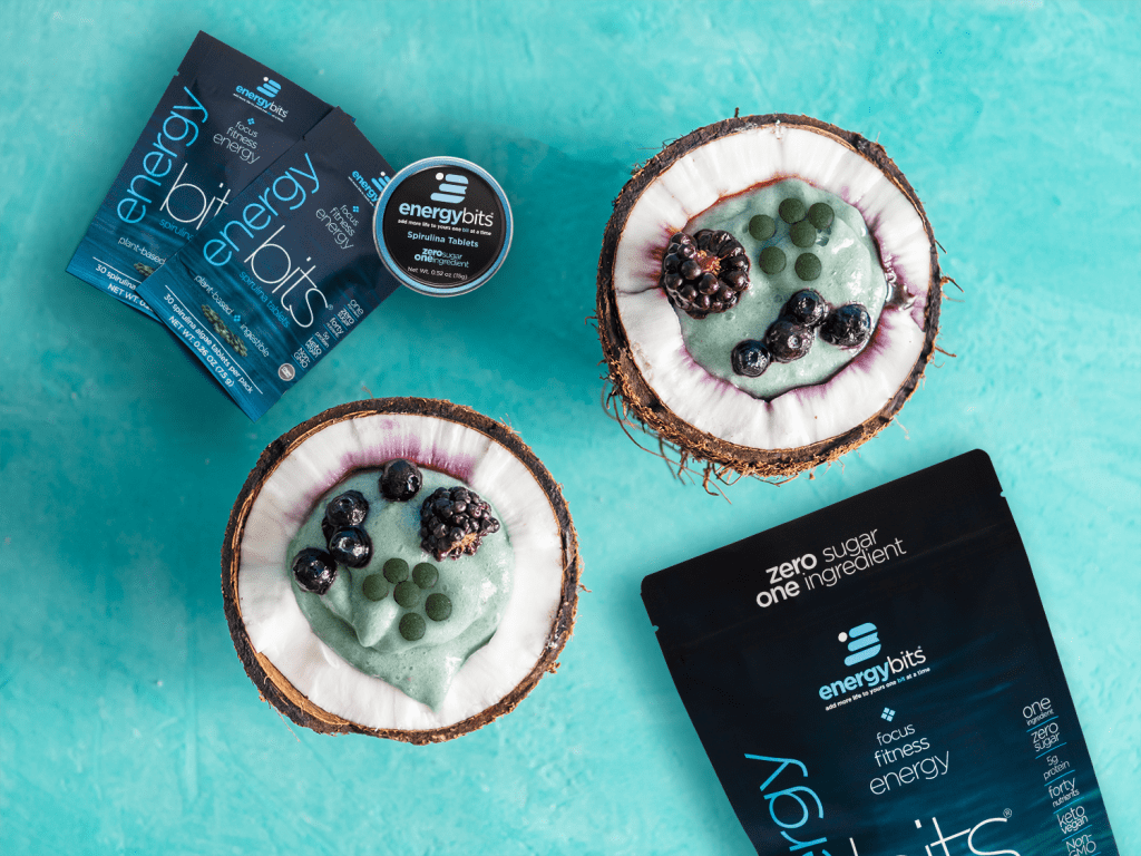 coconut bowls with ENERGYbits spirulina
