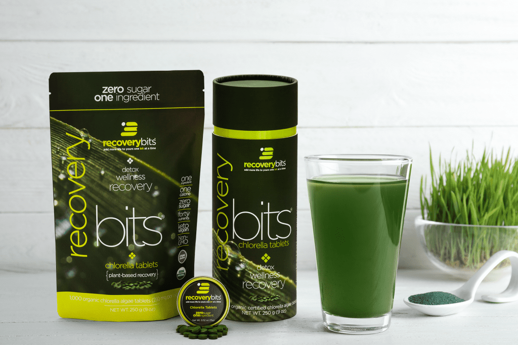RECOVERYbits chlorella with green detox drink
